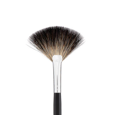 MAKE-UP STUDIO - PRO ECSET: NO. 31. FAN SHAPED BRUSH - NAGY LEGYEZŐECSET
